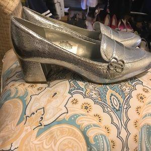 Bandolino Oncassa Silver Block Heel Pumps New